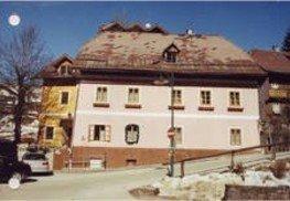 Kauf des ehemaligen Geschäftshauses der Familie Peer in Tauplitz / Erweiterung Zubau Planneralm